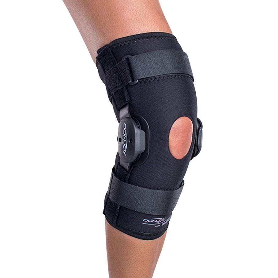 Donjoy Deluxe Hinged Knee Brace Donjoyperformance Com
