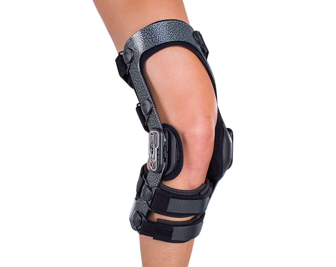 DonJoy Armor Knee Brace – Ski Version
