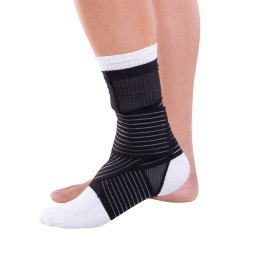 DonJoy Advantage Figure 8 Ankle Support - Black